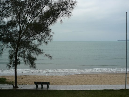 Buzios Ariau Hotel: vista da praia.