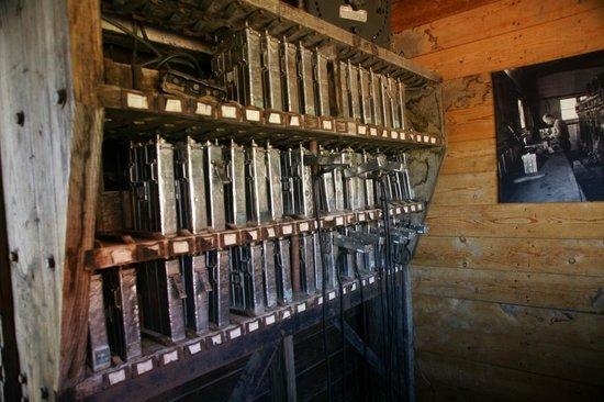 Atlas Coal Mine National Historic Site: Helmet Light Battery Charger