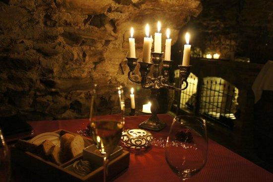 Hotel Klosterbrau : Wine Cellar Meal