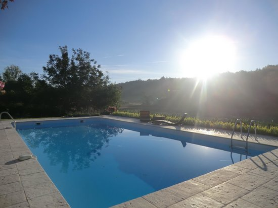 La Libertie: The pool