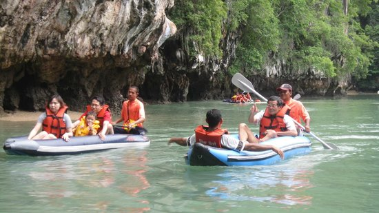 Silver Hawk Group: Canoeing