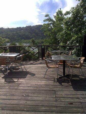 Bay View Eco Resort & Spa: Dining