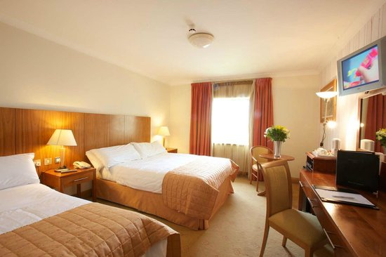 Broadhaven Bay Hotel: Deluxe Room