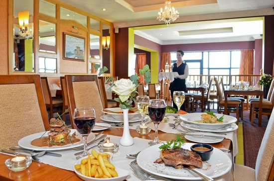 Broadhaven Bay Hotel: The Bayside Restaurant