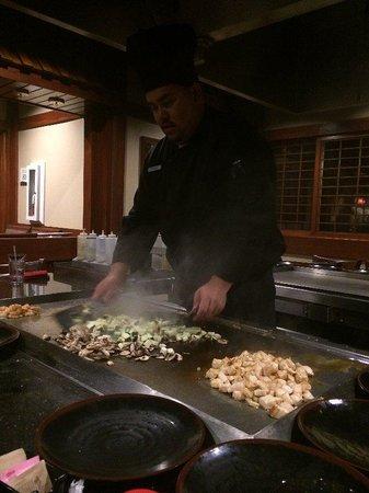 Sakura Sushi & Teppanyaki: Chef Antonio!