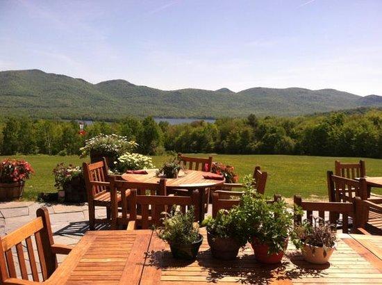 The Mountain Top Inn & Resort : Mountain Top Inn Terrace