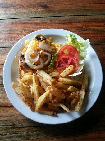 Amapondo Backpackers Lodge: Very good veg burger
