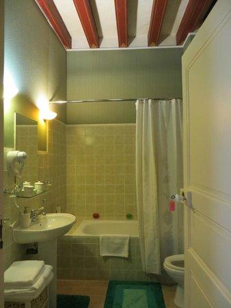 Château des Réaux: Stained glass room - Bathroom