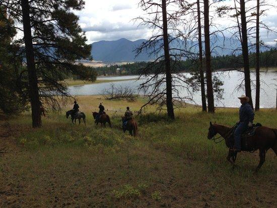 Bar W Guest Ranch: Montana