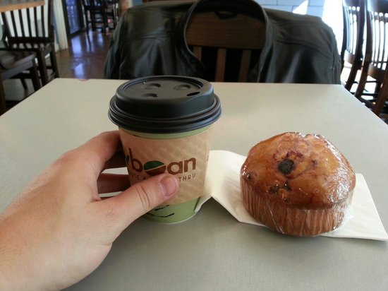RawBean Coffee House and Drive-Thru: Small latte and blueberry muffin