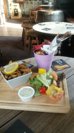 Wiseman's Bridge Inn : The White bait i had for tea Tasted as good as it looked !