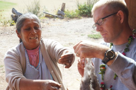 Media Luna Tourism Circuit: Learning to spin wool into thread