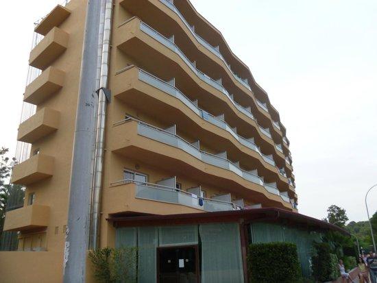 MedPlaya Hotel Calypso: front of hotel