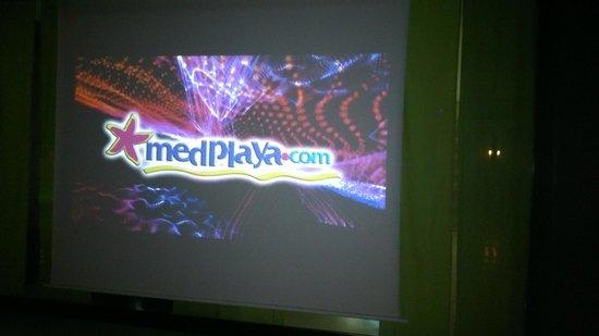 MedPlaya Hotel Calypso: entertainment screen