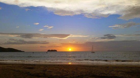 La Gaviota Tropical: Sunsets were amazing every night.