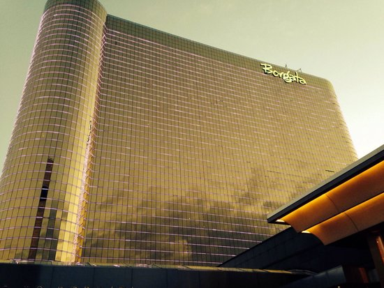 Borgata Hotel Casino & Spa: purple effects on building are cool