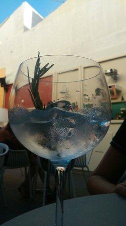Mezzanine Bar & Vinoteca
