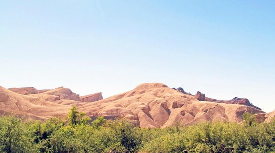 China Ranch Date Farm : The Badlands Area near China Ranch