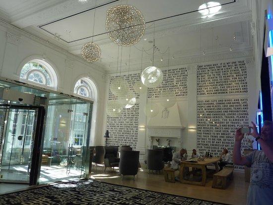 The Warwick Hotel Rittenhouse Square : Beautiful lobby
