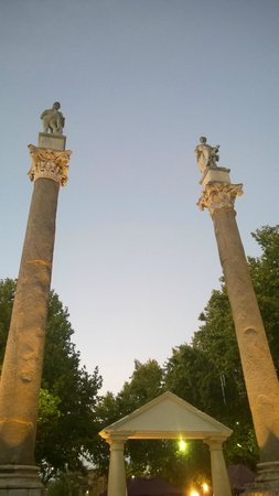 Photo of Monument / Landmark Alameda de Hercules at Seville, Spain