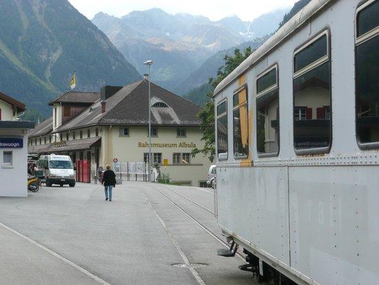 Bergun, Swiss: Aussenansicht