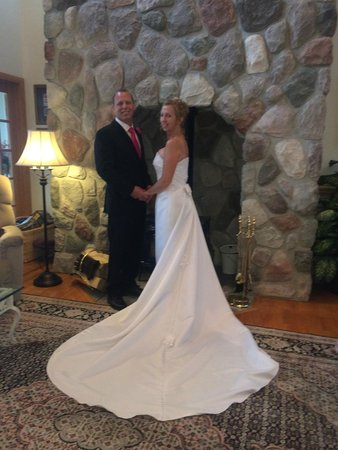 Torch Lake Bed & Breakfast : Weddings at The Torch Lake Bed and Breakfast