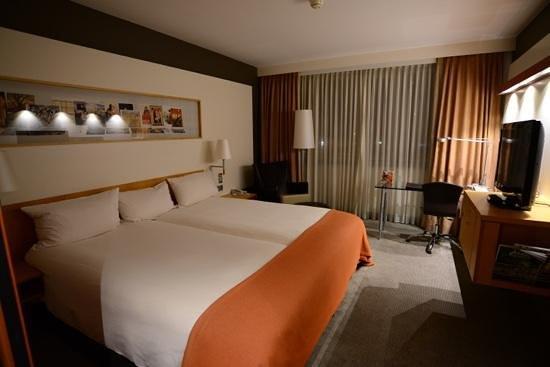 Steigenberger Airport Hotel Amsterdam: スーペリアルーム