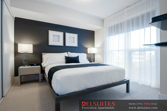 DelSuites Furnished Accommodations: Downtown Toronto - 300 Front St. West - Bedroom