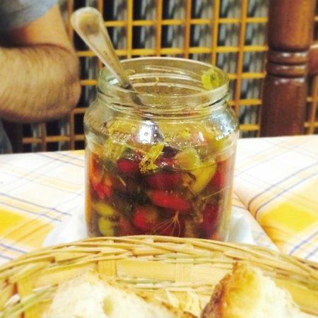 Vecchio Aratro: Pickled Hot Peppers