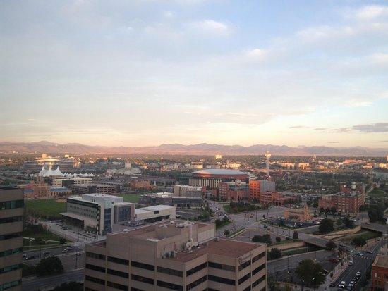 Four Seasons Hotel Denver: Denver Four Seasons view to the north