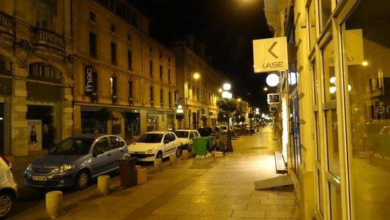 Pop'Hostel : street
