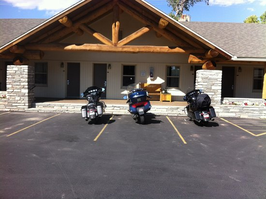 Moose Creek Lodge and Suites: bike friendly