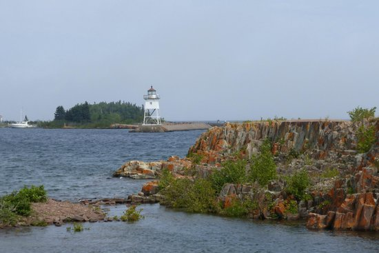 Best Western Plus Superior Inn: View Grand Marais harbor
