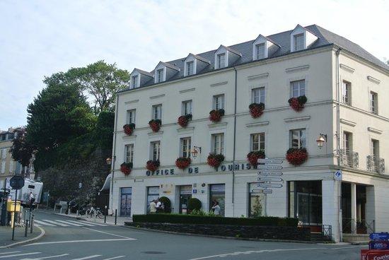 Retrouvez les sp cialit s angevines dans la boutique de l 39 office de tourisme d 39 angers photo de - Office de tourisme maine et loire ...