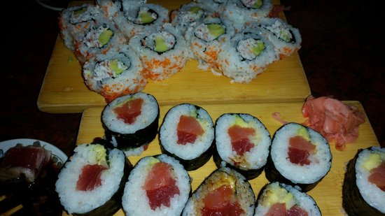 KINTARO Japanese Restaurant : Kilauea Sushi and California Rolls