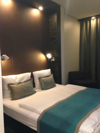 Motel One Essen : comfortable bed