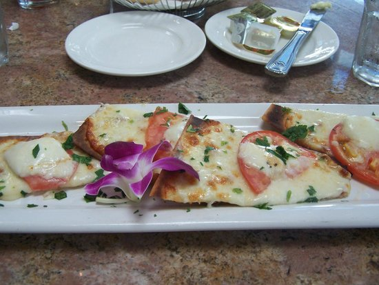 Adelphia Restaurant & Lounge: Great flatbread!