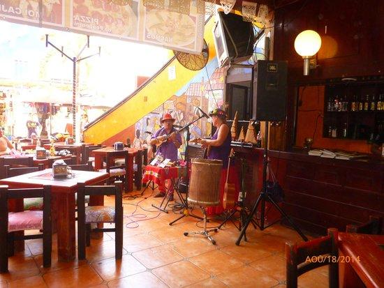 Karen's Restaurant: Super bons musiciens