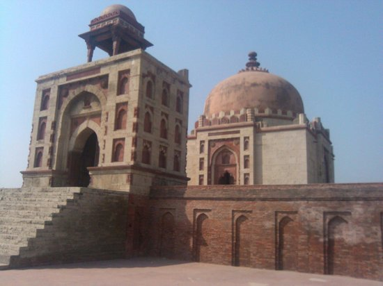 Sonipat, India: Beautiful Tomb