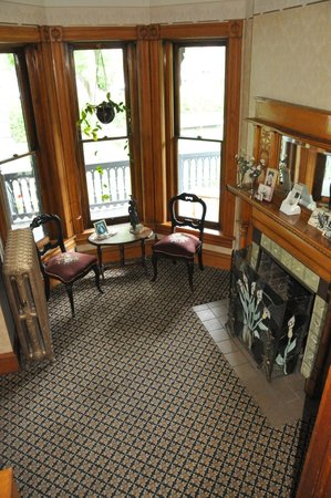 Gable House Bed and Breakfast: Just one lovely sitting area in a great house