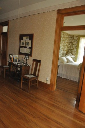 Gable House Bed and Breakfast: Modern conveniences with 19th-century charm