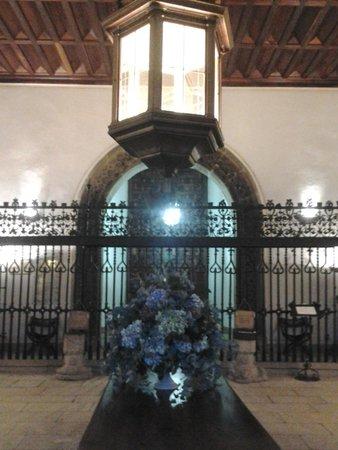 Parador Hostal Dos Reis Catolicos: Lobby