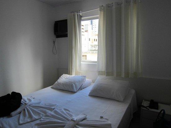 Master Hotel: Room