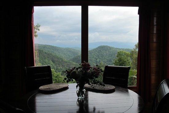 Elk Springs Resort : View from the breakfast nook of Mountain Dreams