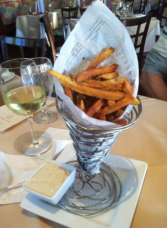 Char's at Tracy Mansion: truffle fries