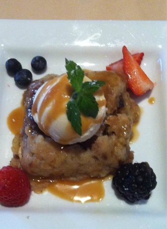 Char's at Tracy Mansion: bread pudding
