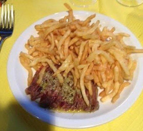 L'entrecote : Trop de frites sont servies à la fois...