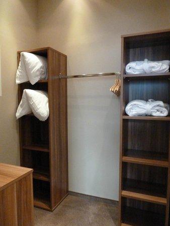 Hotel Wolf-Dietrich: cabina armadio