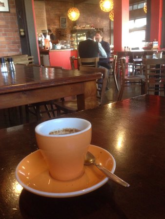 Caffiend: Nice and cosy atmosphere.