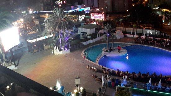 Hotel Marina Resort Benidorm: TV from balcony 5th floor